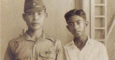 Mr Nathan with Lt Kokubu, commandant of a Japanese Imperial Guard unit in Muar