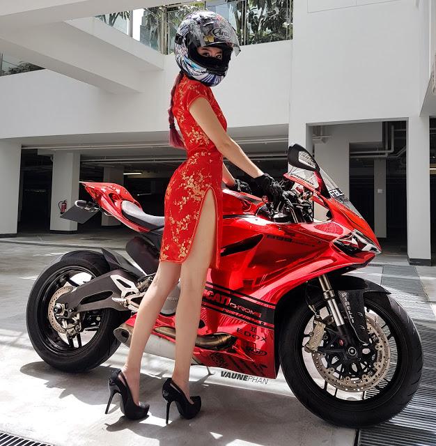 Singapore girl riding - 3 10