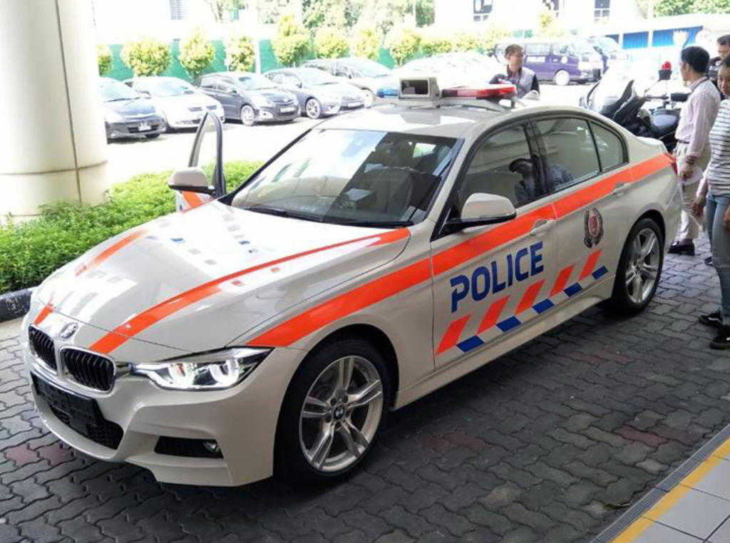 Singaporeans Slam New Bmw Police Patrol Cars As Waste Of Taxpayers