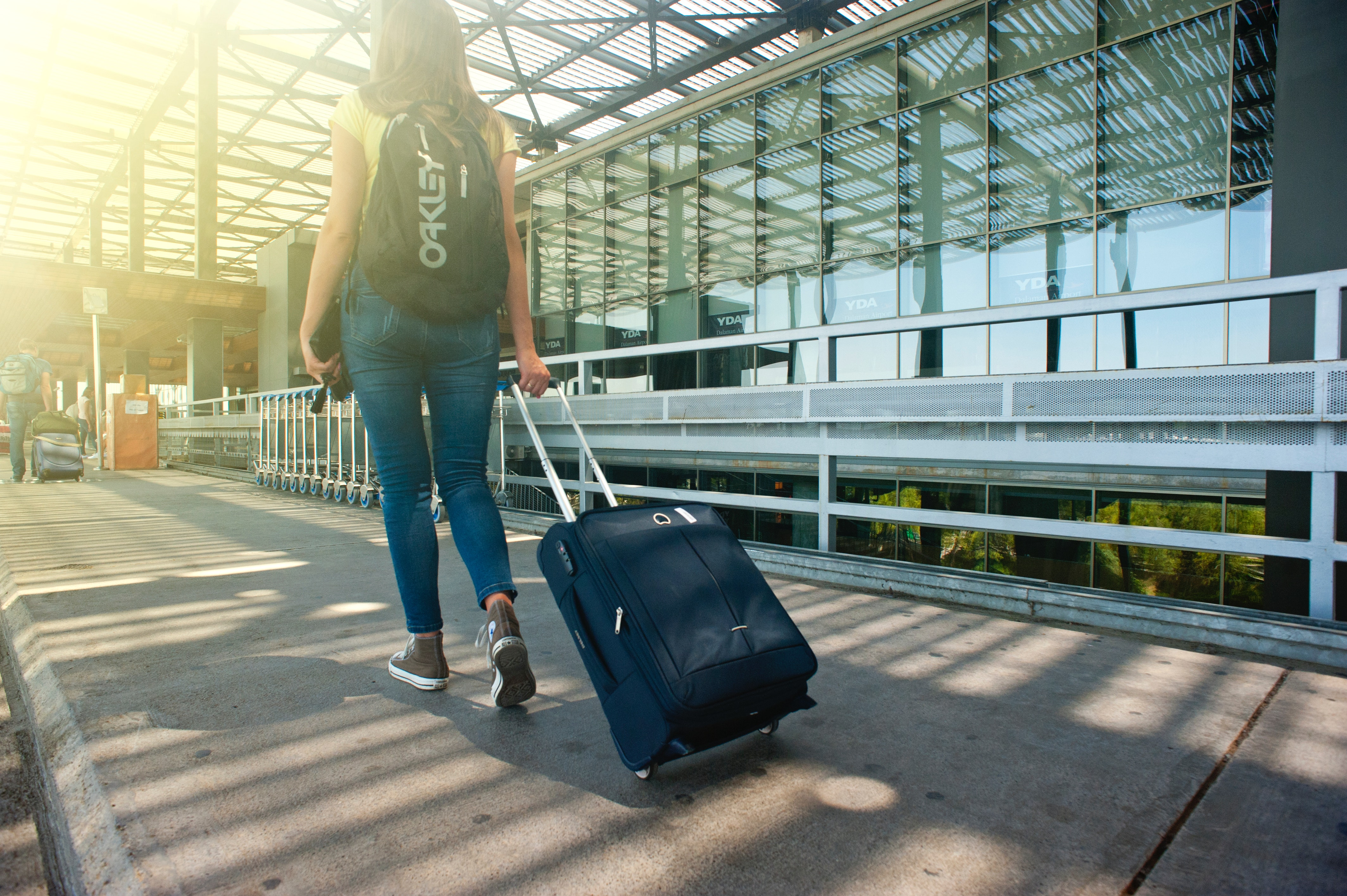 1f3134418d44 How do Singaporean millennial travellers find the cheapest flights ...