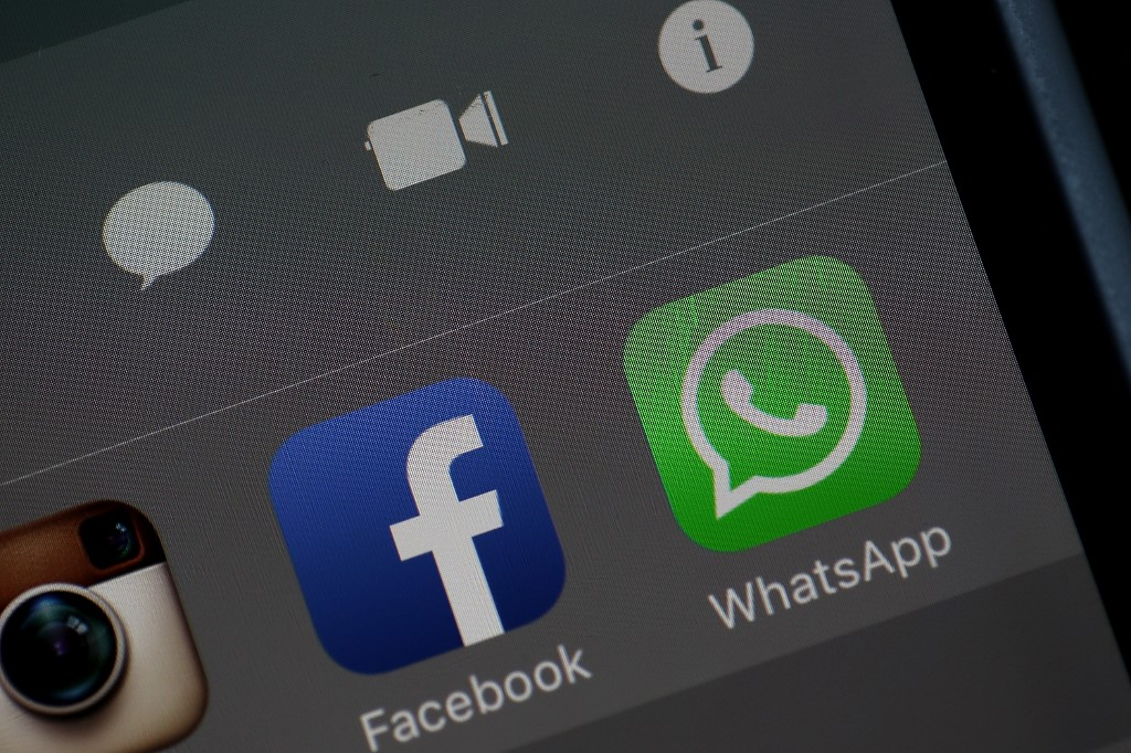Israel should take action against firm linked to WhatsApp breach: Amnesty