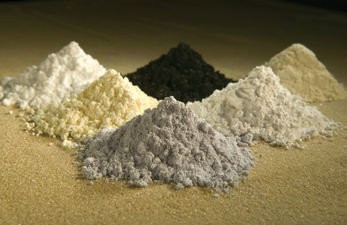 China steps up threat to deprive United States of rare earths